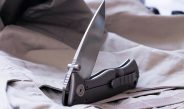 Hawkeye Pocket Knives: Advantages and Disadvantages